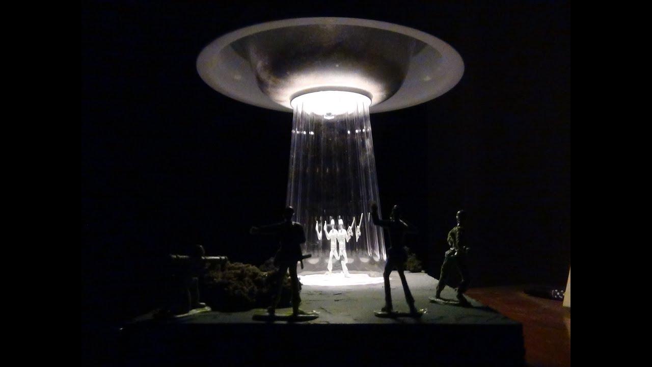 UFO Lamp (Maker Monday #1) - YouTube