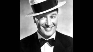 Maurice Chevalier - Sweepin