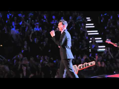 Maroon 5 featuring Christina Aguilera - Moves Like Jagger the Voice Performance Live !