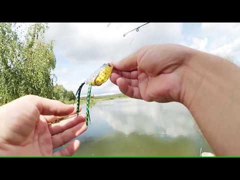 лягушка незацепляйка для поверхностной ловли щуки из Китая