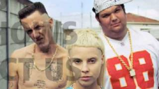 Beat Boy - Dieantwoord (High Quality Audio)