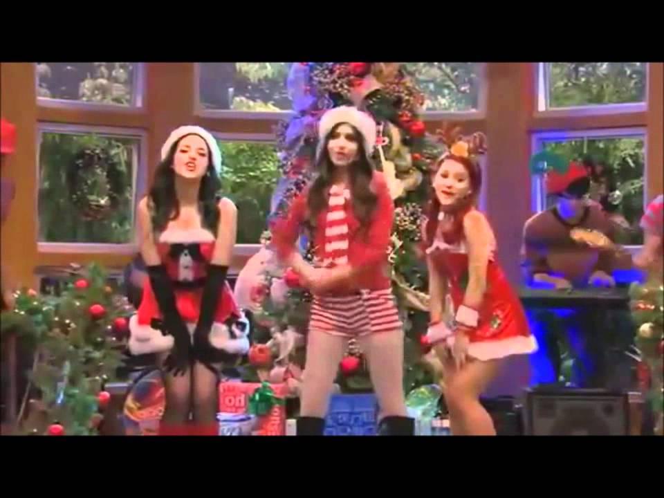 Little Kids Christmas Scene
