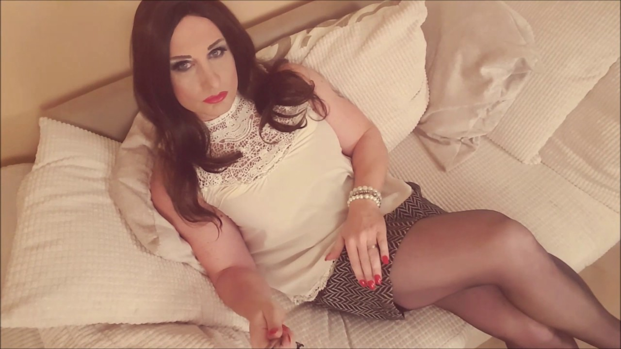 My pantyhose will make you cum in seconds joi