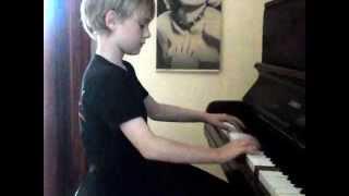 enfant au piano