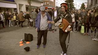 Blowin' In the Wind + Oh! Susanna (cover by ANDERS FLANDERZ One Man Band)