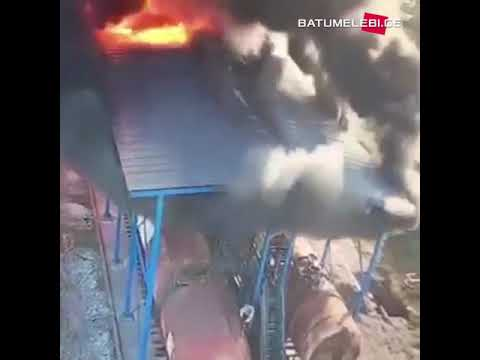 Explosion footage from Batumi oil terminal