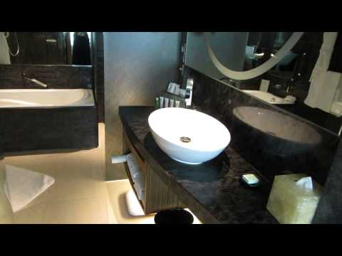 hotel-icon-hong-kong---club-36-room-(room-video)---september-2013