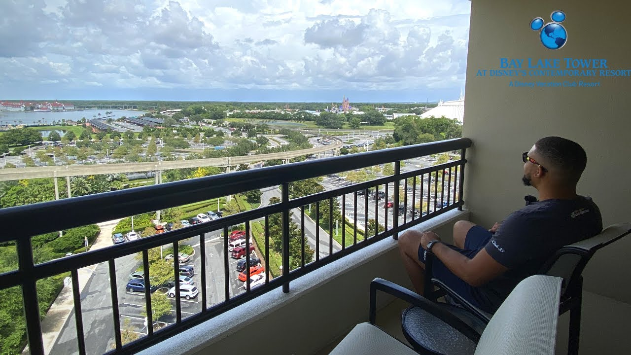 Staying At One Of My Dream Disney Resorts Bay Lake Tower With a Theme Park View For The 4th Of July!