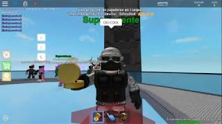ESCAPE THE CRUSHER!!!!!!! - Roblox - The CrusheR