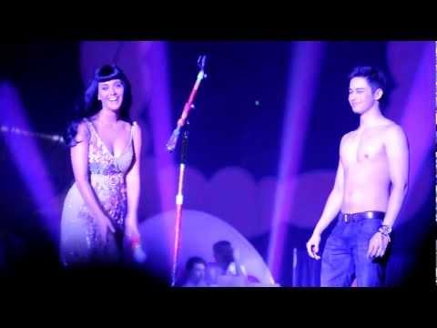 katy perry and ivan california dreams tour manila 2012