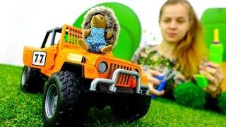 Игры для мальчиков  про машинки: ремонт джипа в лесу