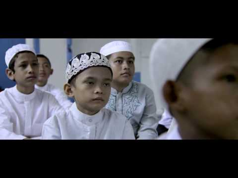 Film ADA SURGA DI RUMAHMU - FULL MOVIE - FULL HD