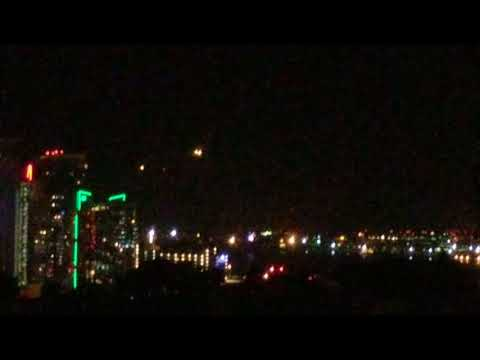 Gregory Jon - UFO? 'Mystery Lights' Over San Diego ...send in the X-Files