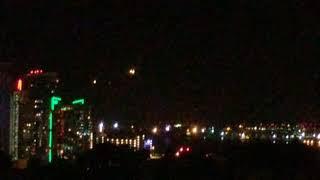サンディエゴの上空に浮遊する謎の光?目撃情報多数で「宇宙人の侵略キター!」と大騒ぎに(アメリカ)