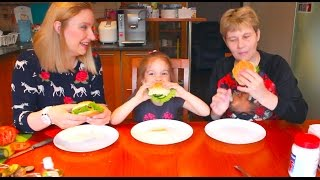 Вызов Принят! Бургер Челлендж Burger Challenge с МАМОЙ и Настей