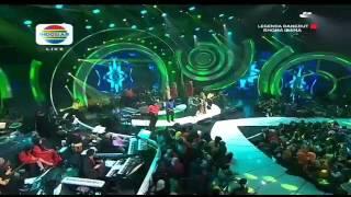 Duet Romantis Syahdu Rhoma Feat Iyeth Bustami