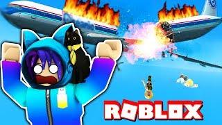 ESCAPE FROM A PLANE CRASH In Roblox!
