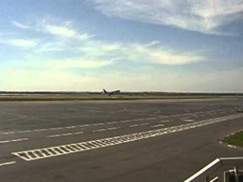 Start the plane - Monastir airport - Tunisia / no sound