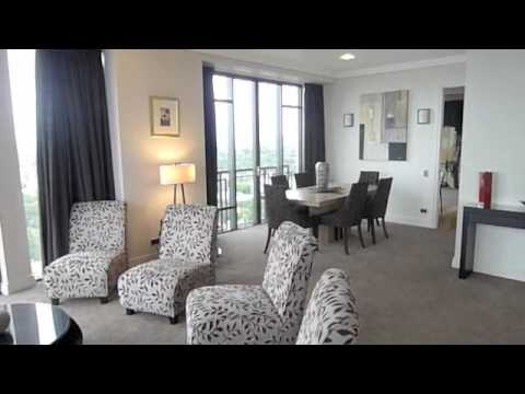 Auckland accommodation Metropolis Penthouse