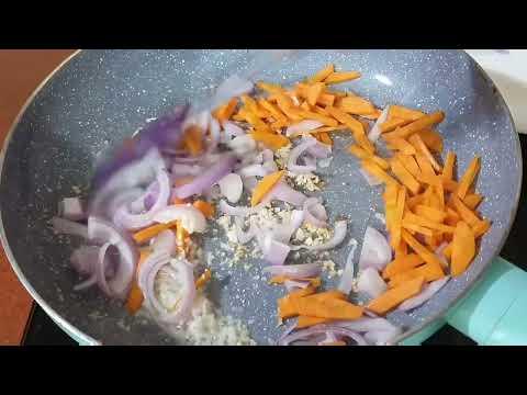Special Food Van Veg Chowmein Recipe | बाज़ार जैसी वेज-चाऊमीन मिनटों मे बनाएं | Cook With Monika