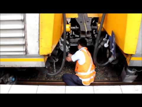 CityRail Intercity V-Set Train(s) Dividing at Gosford Railway Station from YouTube · Duration:  1 minutes 45 seconds