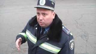 ГАИ. Забывчивый инспектор в Нежине.(Доказать факт моего нарушения Юрий Анатольевич был не в состоянии, но заявлял он о этом факте очень смело...., 2013-10-12T14:21:46.000Z)