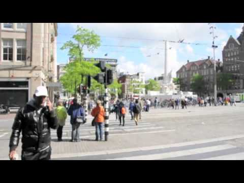 Walking from Amsterdam Central Station to Dam Square...