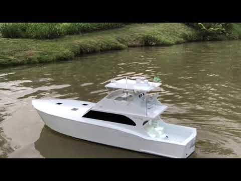 "Sport Fishing RC Boat, Carl-Craft 71', Scale 1/15 57"" Action"