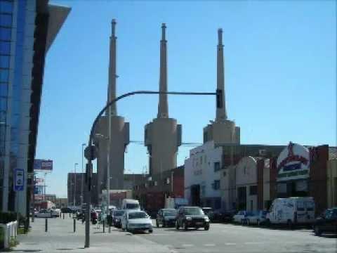 Derribo 2 torres de fecsa endesa de sant adria youtube for Oficina fecsa endesa