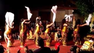 Amazing Balinese Dancing in Ubud - Bali - Indonesia