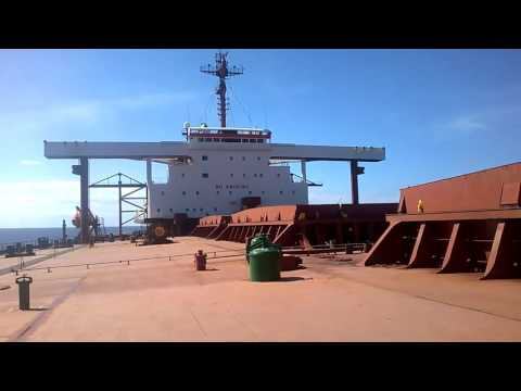 SEAMAN LIFE - Cargo hold