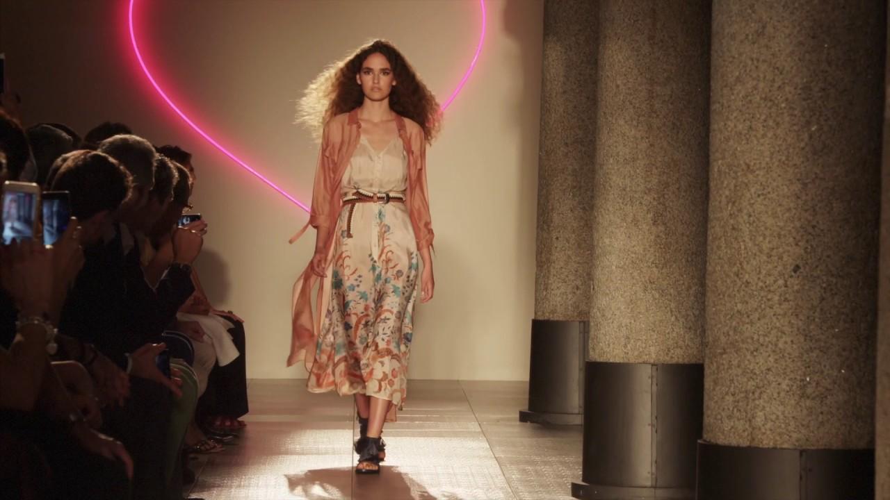 TWINSET Simona Barbieri Spring Summer 2017 Collection Fashion show ...