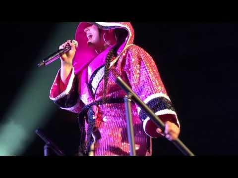 Demi Lovato - Confident Live - San Jose, CA - TMYLM Tour - 2/28/18 - [HD]