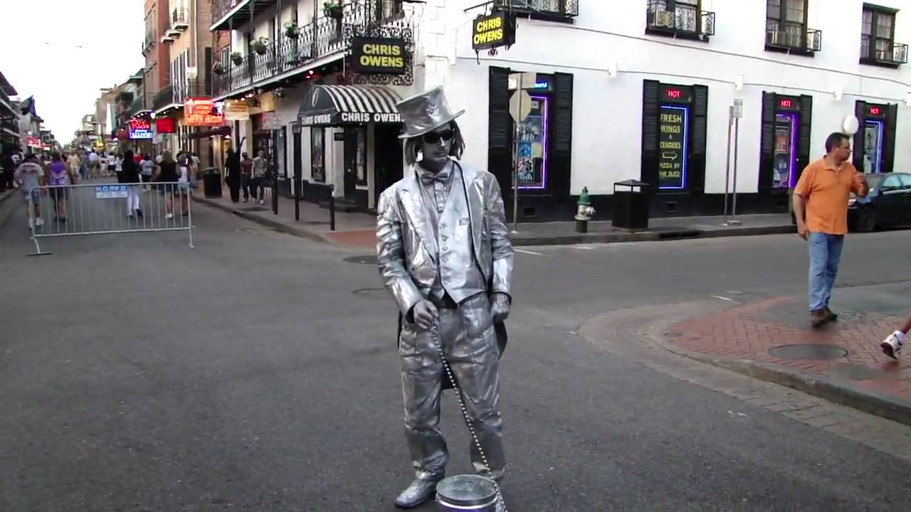 New Orleans Bourbon Street Mime Tuesday 7 13 10 Youtube