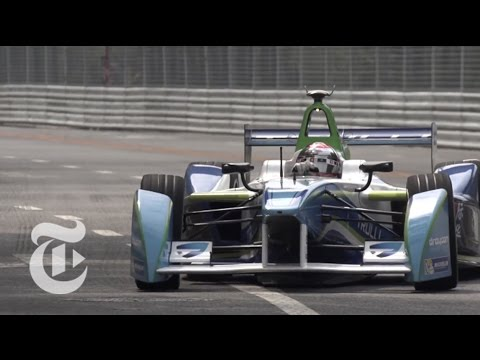 Formula E, Carbon Free | Electric Cars 2014 | The New York Times