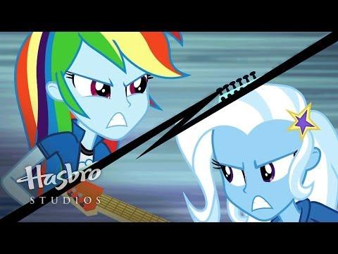 "MLP: Equestria Girls - Rainbow Rocks EXCLUSIVE Short - ""Guitar Centered"""