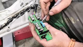 Honda Civic не работает стеклоподъемник. Ремонт хонда цивик. Как снять карту водительской двери.