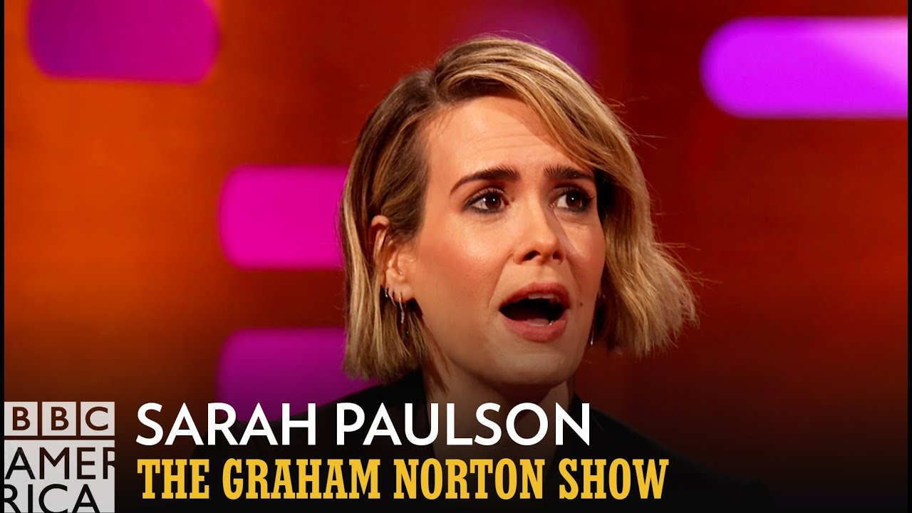 Sarah Paulson's Accidental Madonna Photobomb - The Graham Norton Show