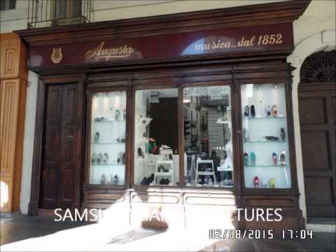Torino, antico negozio di musica,adesso  vende scarpe