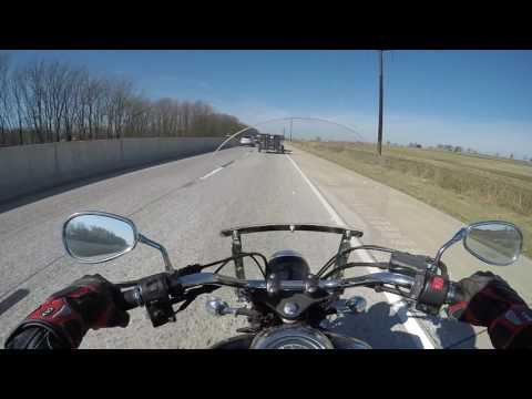 V star 1100 How it feels on highway :srkcycles com - YouTube