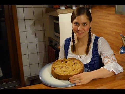 Dirndl Kitchen German Apple Pie