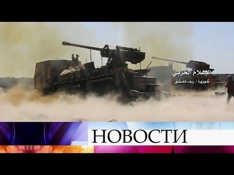 Российские силы ПВО отразили массированную атаку на авиабазу в сирийском Хмеймиме.