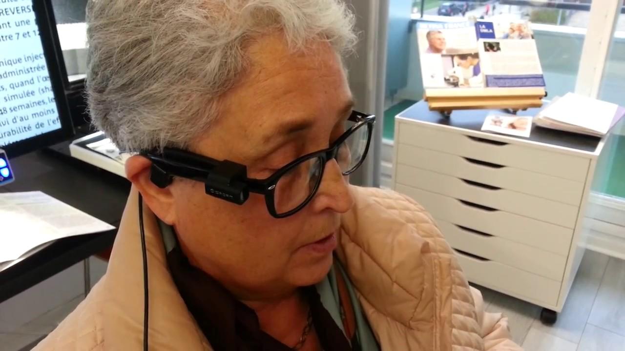 Des lunettes qui permettent aux malvoyants et aux aveugles de lire ... 1acc187b53b0