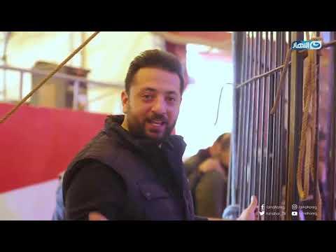 هروب المذيع أحمد الهواري والمصورين لحظة خروج أسود لوبا الحلو :)