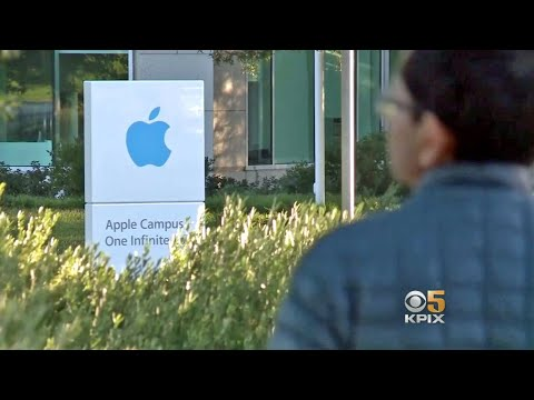 Apple Holds All-Hands Employee Meeting Following Stock Price Plunge