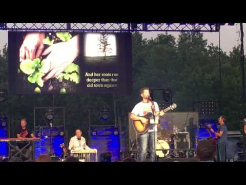Josh Turner  Hometown Girl  61016!