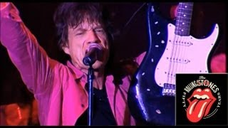 Смотреть музыкальный клип The Rolling Stones - Get Up Stand Up - Toronto Live 2005 Official