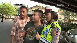 Download Video 2 Pria Ini Sengaja Ingin Diperiksa & Selfie Bareng Polisi Cantik yang Bertugas MP3 3GP MP4