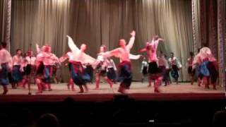 Ukrainian dancing 201