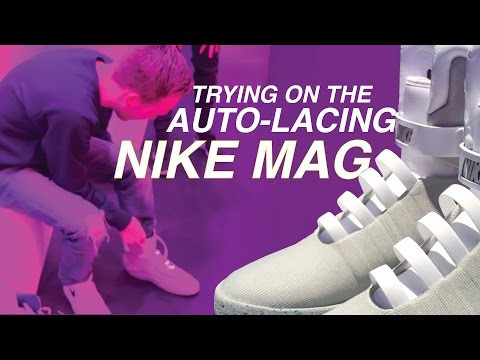 TRYING ON THE AUTO LACING NIKE MAG